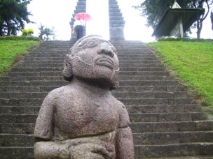 2.チュト寺院遺跡の入り口